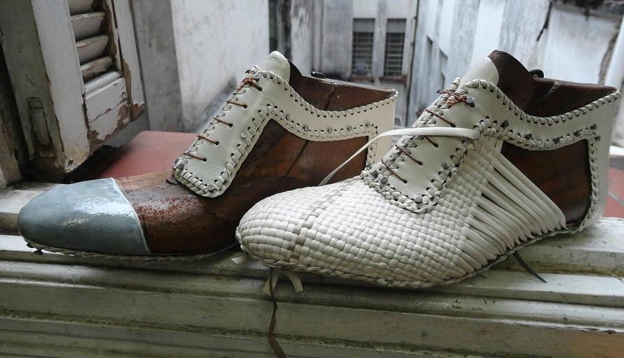 8118921de Heloisa Santos :: San Yamada, o designer de sapatos feitos a mão e ...